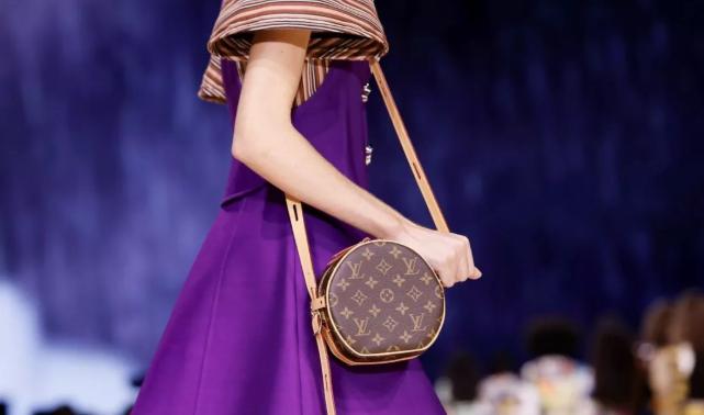 这4个奢侈品牌包包,大家最近都抢着入手!
